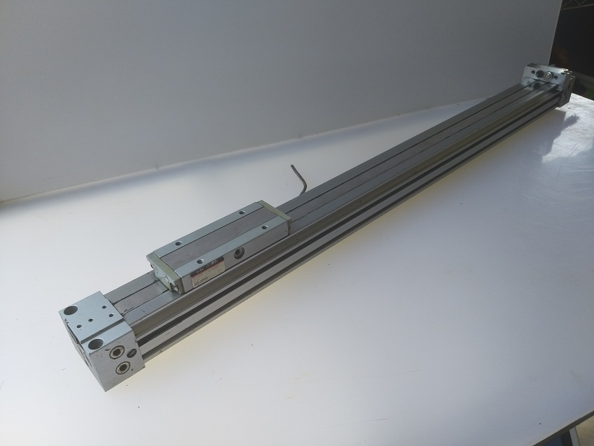 PNEUMATIC GUIDE CYLINDER MY1825G-500L-Y7B4 SMC